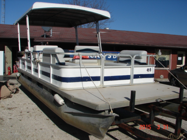 #49B Family Cruiser Economy 24 ft.  Riviera Cruiser Fun Deck 240 1989 pontoon boat