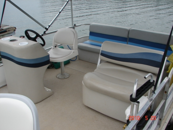 #44 Fishinu0027 Fool Economy 1983 Aqua Patio 20 Ft. Pontoon Boat Equipped With  A 25 Hp 2 Cycle Outboard Motor.