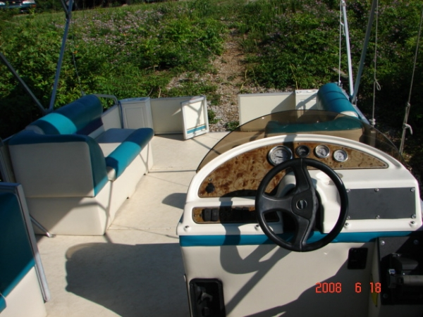 #67 Family Party Cruiser 22 ft. 2003 Crest 2223 Sport XLRE Pontoon Boat