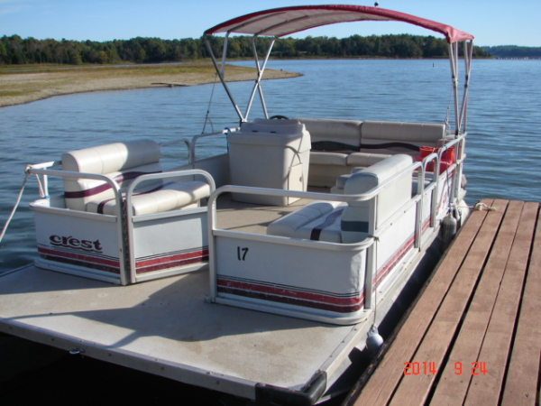 #17 Family Cruiser Economy 1994 Crest Sport 20'  pontoon boat