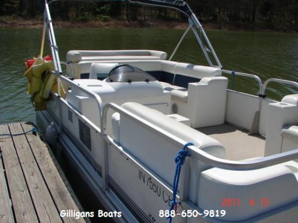 #34 Family Cruiser 20 ft. 2004 Landau Bandit Cruise RE Pontoon Boat