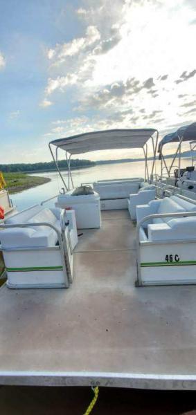 #46C Family Party Cruiser 20 ft. 2004 Landau Bandit Cruise RE Pontoon Boat