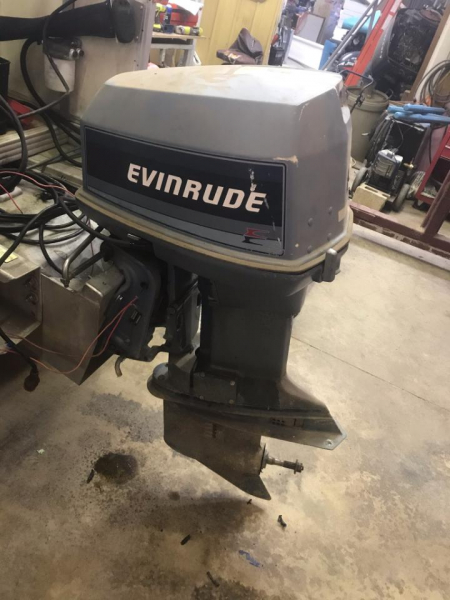 1985 Evinrude 90 hp  2-cycle outboard motor  pre-owned