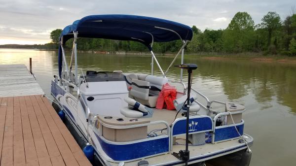 #16D Fishin' Fool Tri-Toon Palm Beach 200 CM SE Castmaster 2011 w/ GPS SONAR!